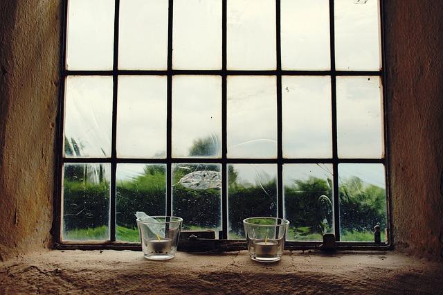 window-1560966_640